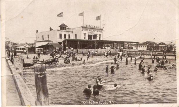 205_Tottenville_NYShore_House_Hotel